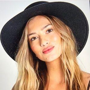 Billabong About Time Hat NWOT Black